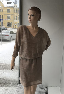 hihallinen, lyhyt mekko
